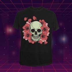 Playera negra con diseño de Calavera con flores